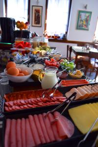 Breakfast options available to guests at Theatre Apartments