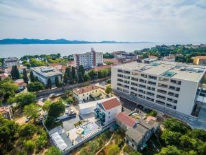 Skats uz naktsmītni Luxury Apartments Villa Morea no putna lidojuma