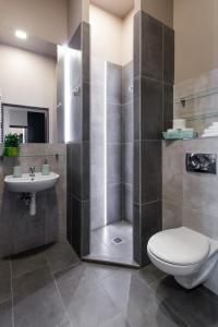 A bathroom at Happy Tower