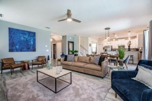 A seating area at Rolling Fairway Villa #230688