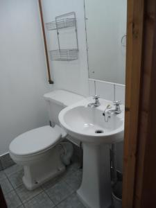 A bathroom at Apartment 45 Lower Drumcondra Road
