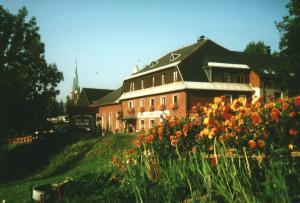(Gasthof-Pension Rotes Haus)