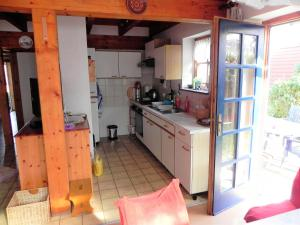 A kitchen or kitchenette at Haus Luise
