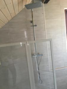 Salle de bains dans l'établissement villa maxilly