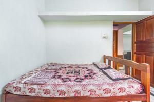 A bed or beds in a room at 2-BR apartment in Mandrem, Goa, by GuestHouser 1775