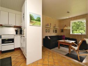 A kitchen or kitchenette at Kløverhuset