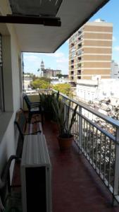 A balcony or terrace at Hermoso Apartamento En el Centro de Salto