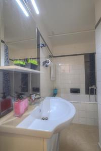 A bathroom at Syntagma cozy apartment
