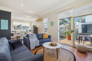 3 bedroom Apartment, Pacific st Manly