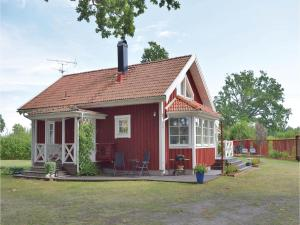 Four-Bedroom Holiday Home in Lottorp