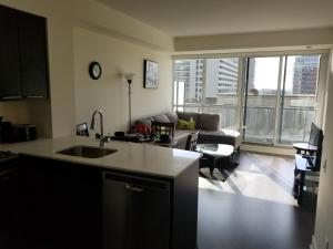 Furnished Apartments at Yonge & Eglinton by Canvas