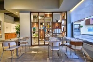 Ресторан / где поесть в Luna Holiday Complex
