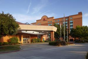 hotel dfw airport marriott south fort worth tx. Black Bedroom Furniture Sets. Home Design Ideas