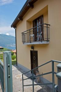 A balcony or terrace at Casa Lavanda