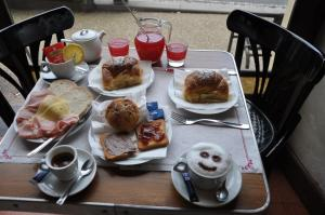 Breakfast options available to guests at La Casetta di Vale