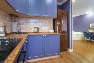 """A kitchen or kitchenette at """"Indigo"""""""