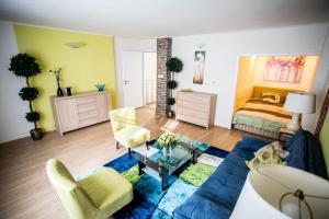 Auburn Apartment