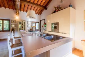 A kitchen or kitchenette at Il Platano