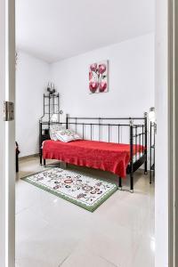 A bed or beds in a room at Mirador del Paraiso 213 - 2 bedrooms