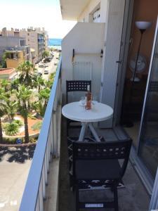 A balcony or terrace at Superbe ! Appart T3 - Vue mer - Idéalement situé