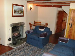 A seating area at Lobstone Cottage