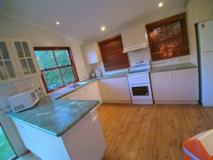 A kitchen or kitchenette at 12 Bluewater Drive