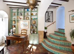 Hotel la casa del califa vejer de la frontera spain - Hotel casa espana villaviciosa ...