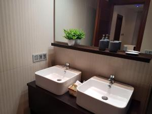 A bathroom at Villa Margarita