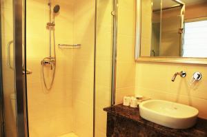 Super8 Hotel Hohhot Changlegong