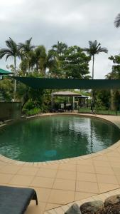 The swimming pool at or near Pacific Sands Apartments
