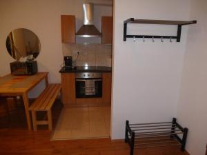 A kitchen or kitchenette at Peter's appartement