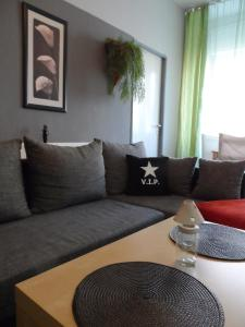 A seating area at City Apartment Berlin Mitte