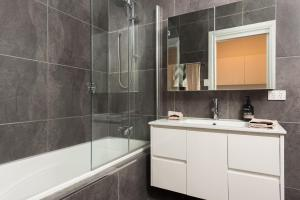 A bathroom at Hero Collection - Madiba
