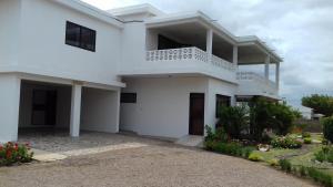 Lar Feliz - Guest House.