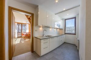 A cozinha ou kitchenette de Residence Emmy