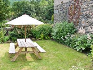 A garden outside Nook Cottage