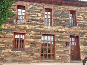 Casa de piedra en Muga de Alba