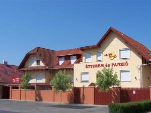 Arany Patkó Hotel & Étterem