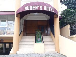 Ruben's Hotel