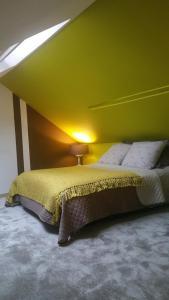 Un ou plusieurs lits dans un hébergement de l'établissement 51 côté jardin