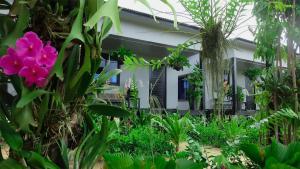 Botanic Artistry Boutique Hotel & Garden