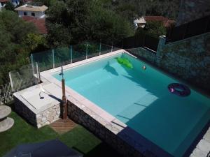 Θέα της πισίνας από το Villa Lydia ή από εκεί κοντά