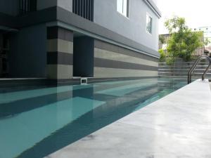 The swimming pool at or near Kensington condo