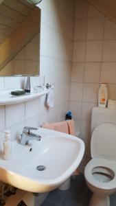 A bathroom at BB dänisch/deutsch