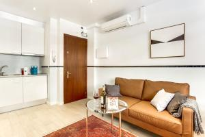 A seating area at Sweet Inn - FcBarcelona-Galileu