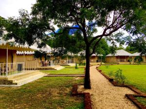 A garden outside Rangiri Dambulla Resort