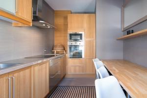 Küche/Küchenzeile in der Unterkunft App De Panne 2