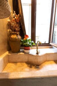 A bathroom at Piazza Colonna 4