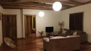 A seating area at Casa del Congo