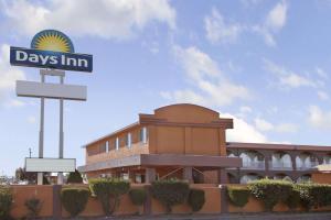 Days Inn by Wyndham Socorro